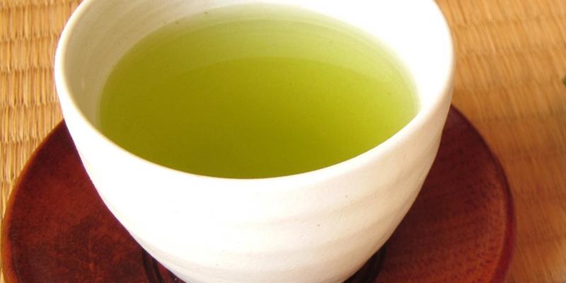「カルテノール」は緑茶カテキンも含むサプリメントです。